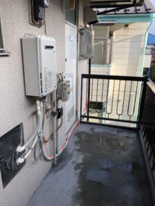 台所まで給湯管を敷設